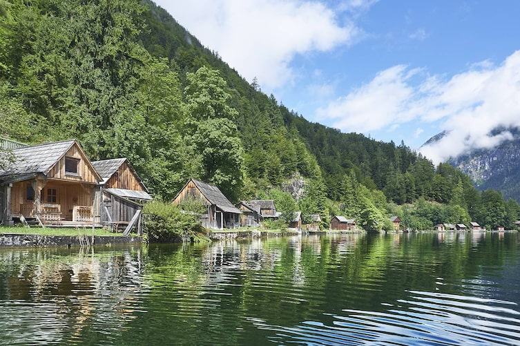 Badehäuser am Hallstätter See, Hallstatt, Salzkammergut, Oberösterreich, Ausflug