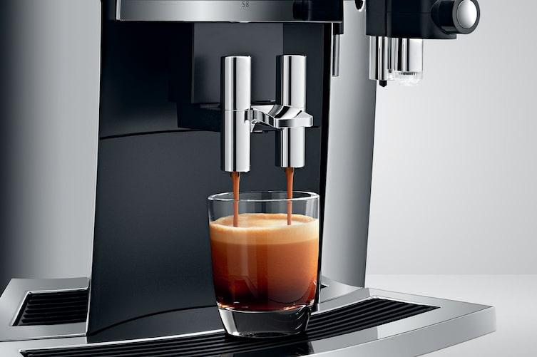 Die S8 von Jura ist der Vollautomat für passionierte Kaffeeliebhaber.