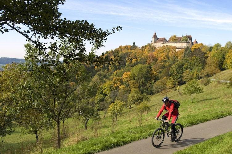 Radtour im Herbst: Coburg in Oberfranken (Bil: Mauritius Images)