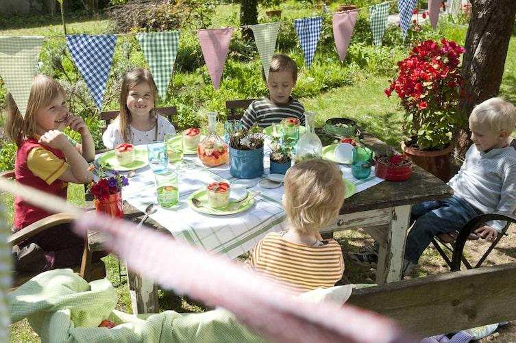 Kindergeburtstag, Kinder, Spiele, Feier