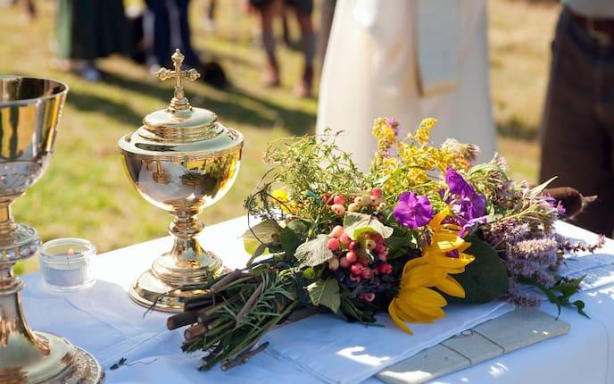 Kräuterweihe zu Mariä Himmelfahrt (Bild: Angelika Jakob)