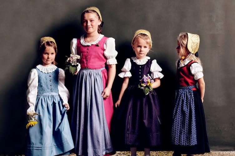 Godhaubenfrau, Goldhauben, Brauchtum Oberösterreich, oberösterreichische Tracht, oberösterreichische Goldhaube