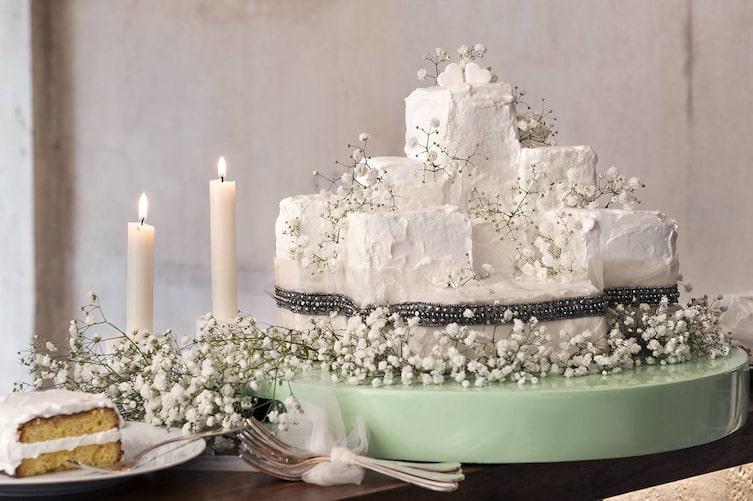 Hochzeitsdeko mit Schleierkraut: Hochzeitstorte