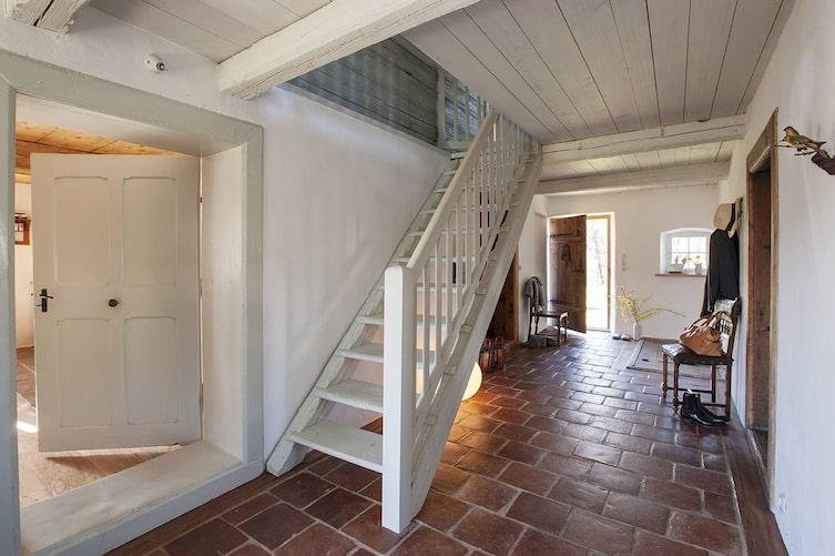 Hausbesuch im Innviertel: Freundliches Vorzimmer (Bild: Harald Eisenberger)