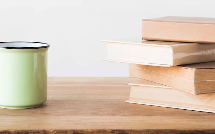Haushalt, Dellen, Holztisch entfernen, Tisch, Teetasse, Bücher