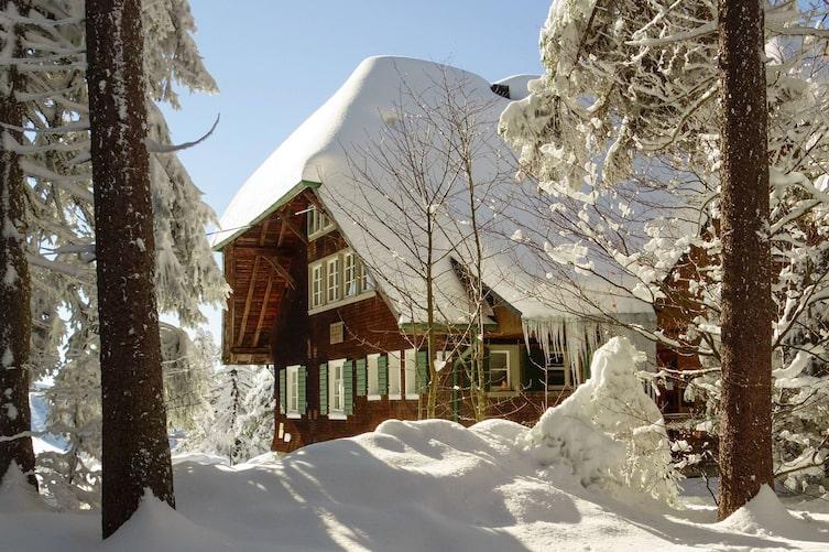 Haus für Winter rüsten (Bild: Pixabay)