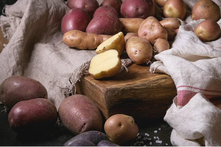 Kartoffel-Fakten (Bild: Mauritius Images)