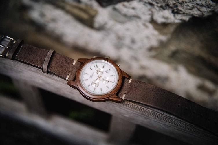 Waidzeit-Uhren bei Servus am Marktplatz (Bild: Doris Himmelabuer)