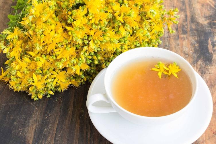 Johanniskraut-Tee (Bild: Getty Images)