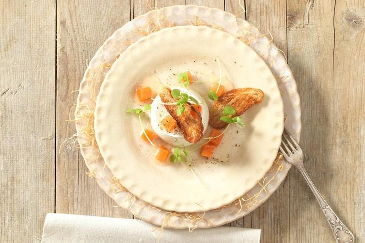 Schaffrischkäse mit Kürbiskompott und Topinki (Foto: Eisenhut & Mayer)