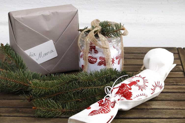 Geschenke kreativ verpacken (Foto: Luana Baumann-Fonseca)