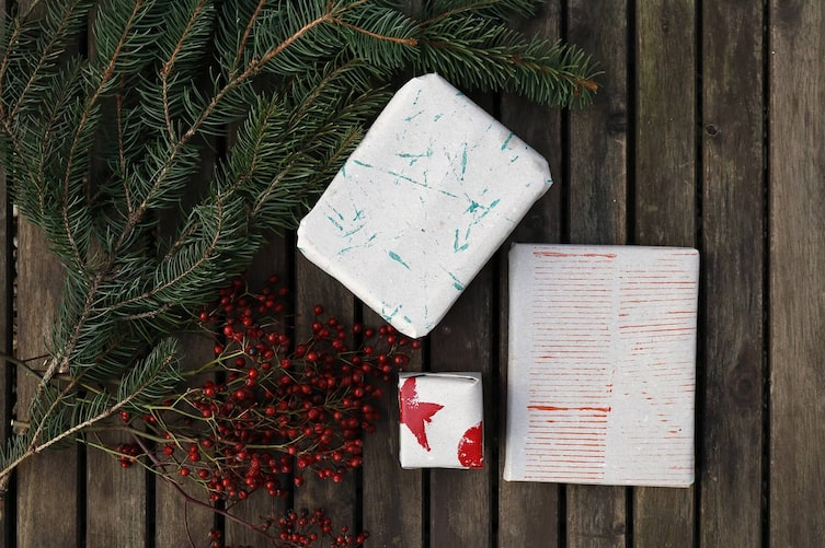 Geschenkpapier selber drucken: Geschenkspackerl (Foto: Luana Baumann-Fonseca)