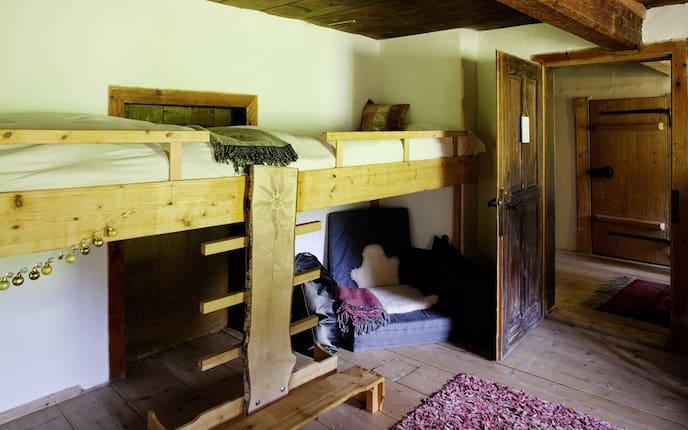 Wohnen, Hausbesuch, Kinderzimmer, Betten, Hochbett