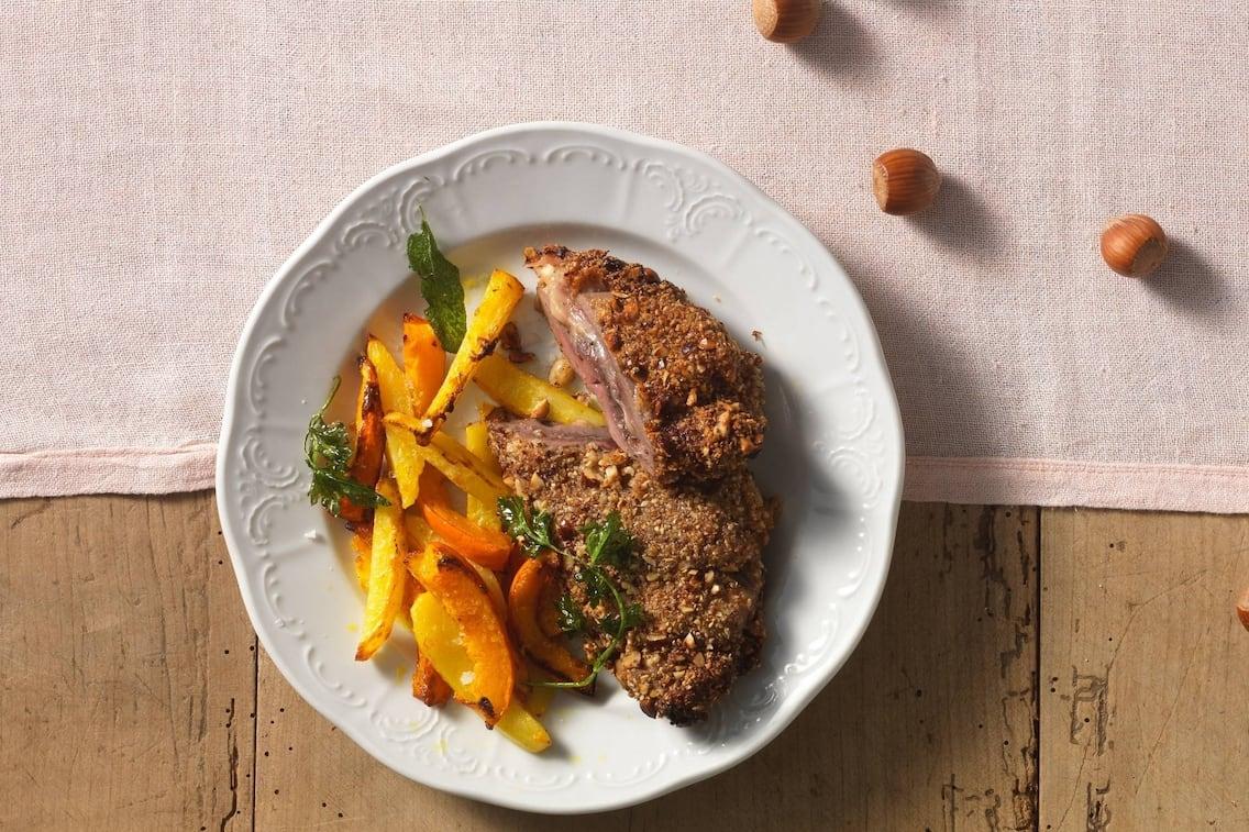 Cordon bleu, Schnitzel, Paniertees, Kartoffelspalten, Haselnüsse, Hauptspeise, Servus Rezept