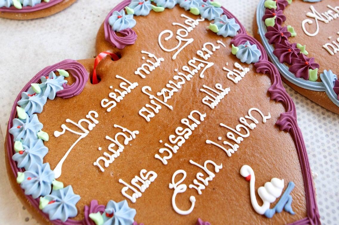 Liebstatt-Herzen, Lebkuchen, Herz, Verzierung, Servus Rezept