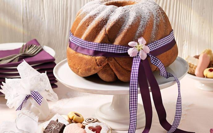 Hochzeitsgugelhupf, Gugelhupf, Kuchen, Hochzeit, Germteig, Germ, Servus Rezept