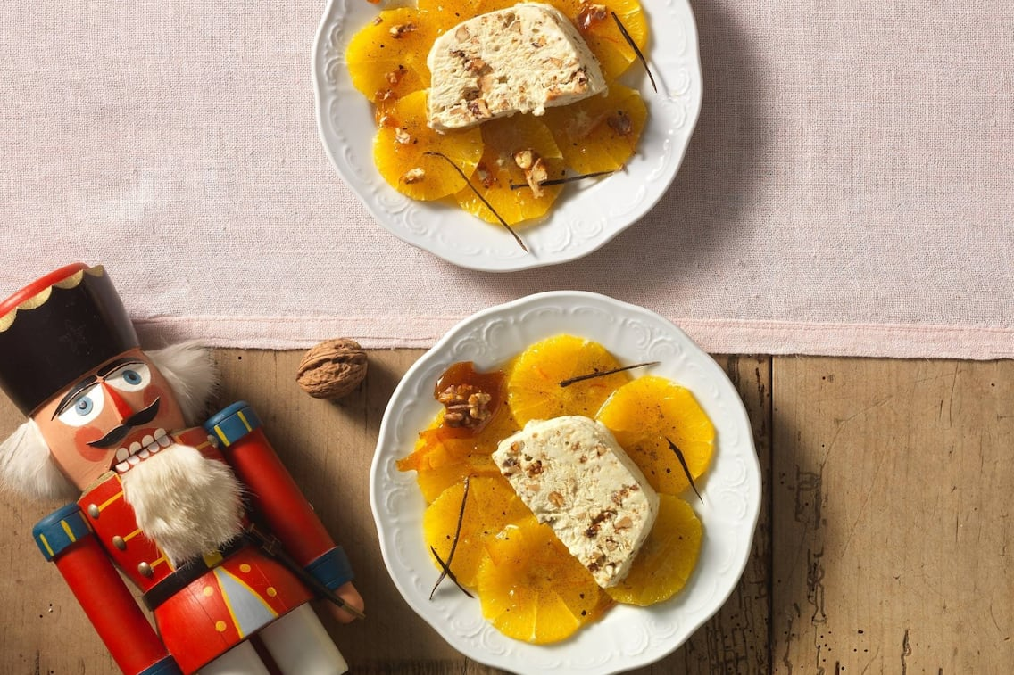 Walnussparfait, Orangenscheiben, Eis, Walnüsse, Nachspeise, Servus Rezept