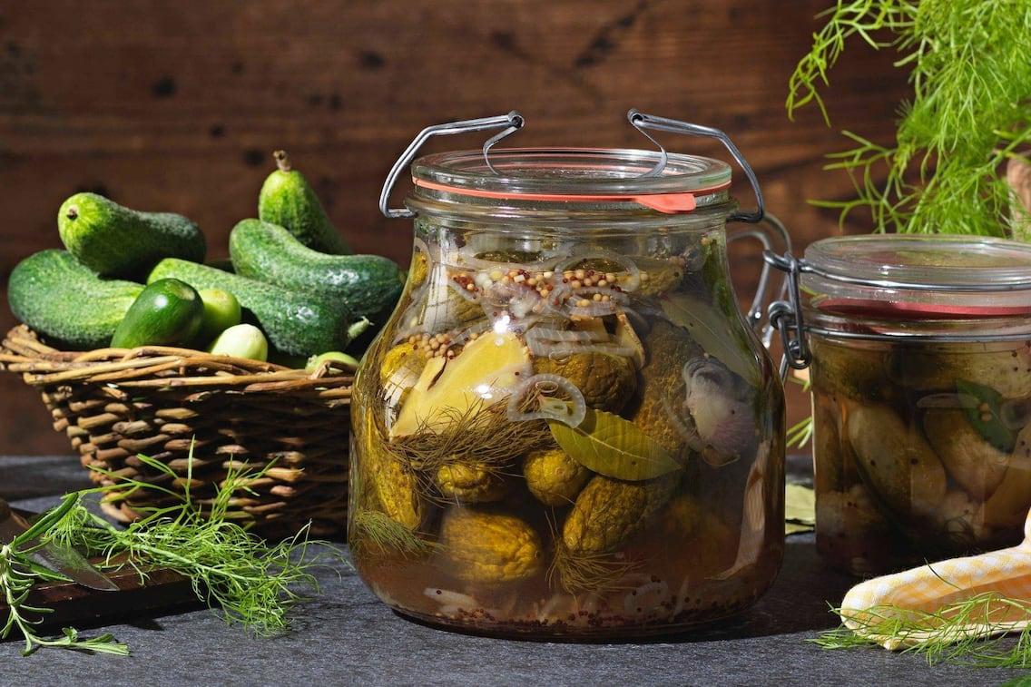 Gurken, Gurkerl, eingelegte Gurkerl, Dille, Einmachglas, Servus Rezept