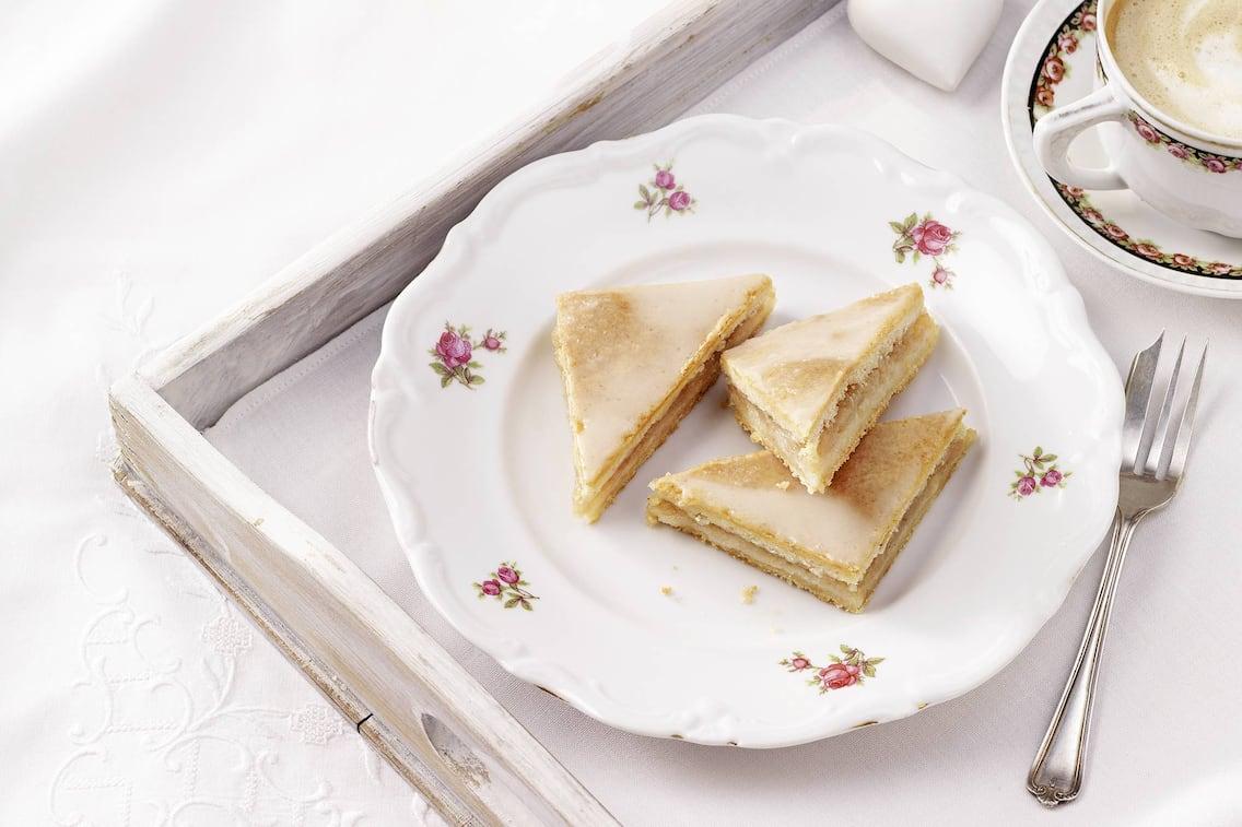 Gedeckter Birnenkuchen, Schnitten, Birne, Kuchen, Kaffee, Nachspeise, Servus Rezept