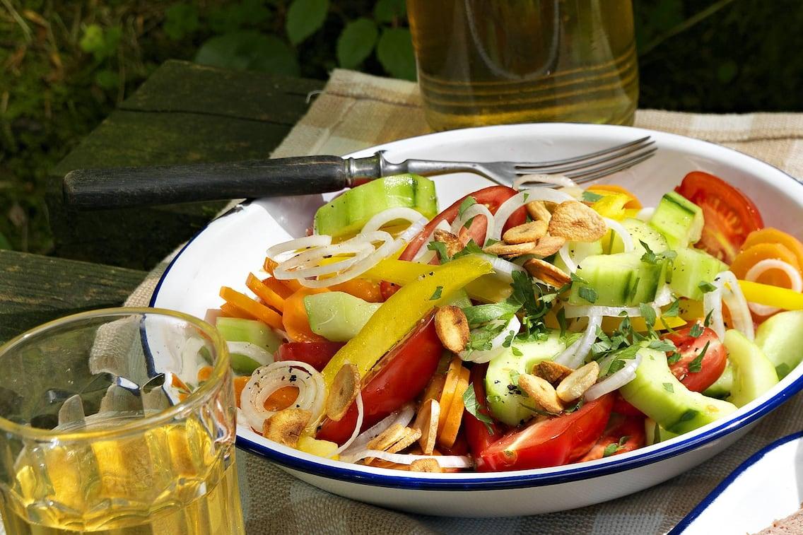 Gartengemüsesalat, Gurke, Paprika, Tomate, Paradeiser, Rezept