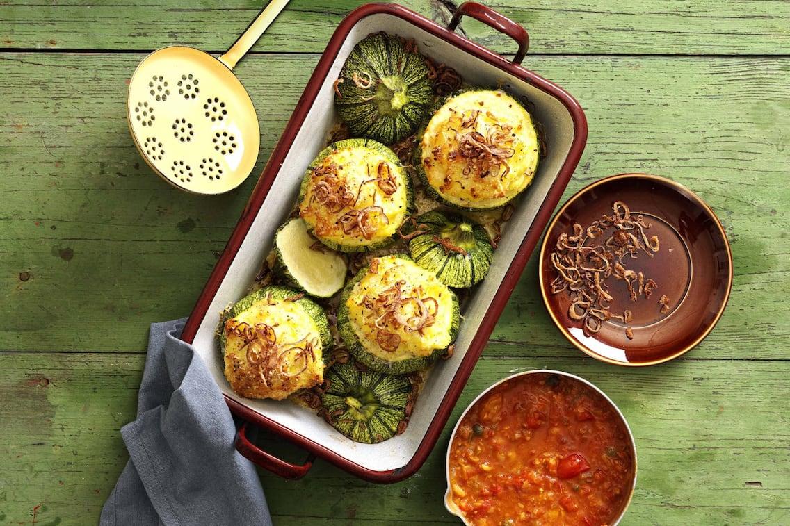 Zucchini mit Erdäpfelpüree gefüllt (Bild: Eisenhut & Mayer)