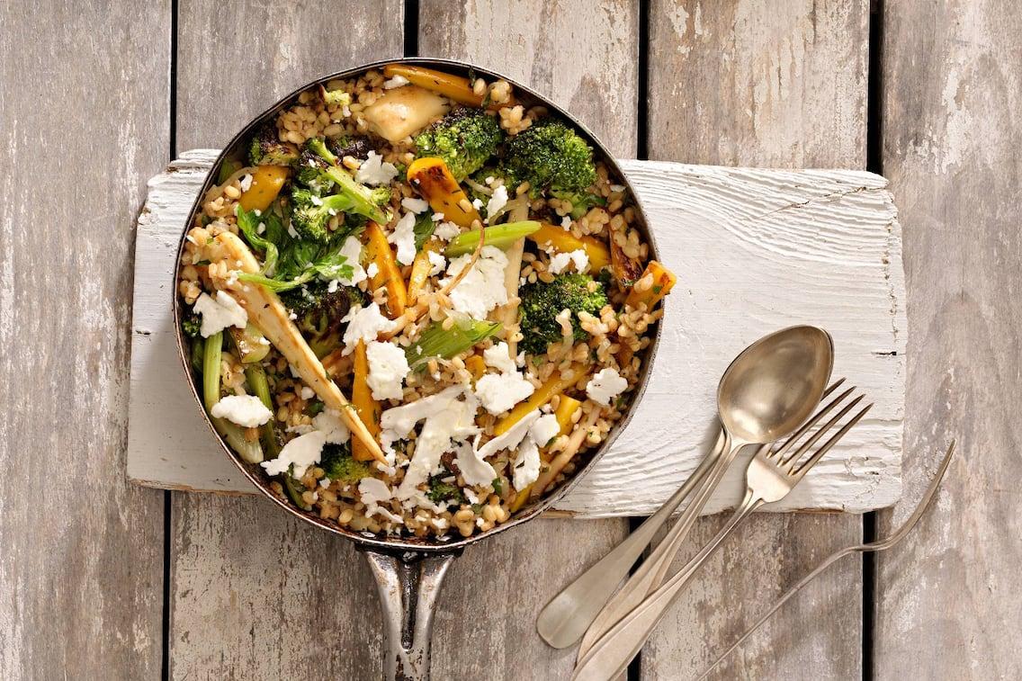 Rezept Gemüsepfanne mit Einkornreis (Bild: Eisenhut & Mayer)