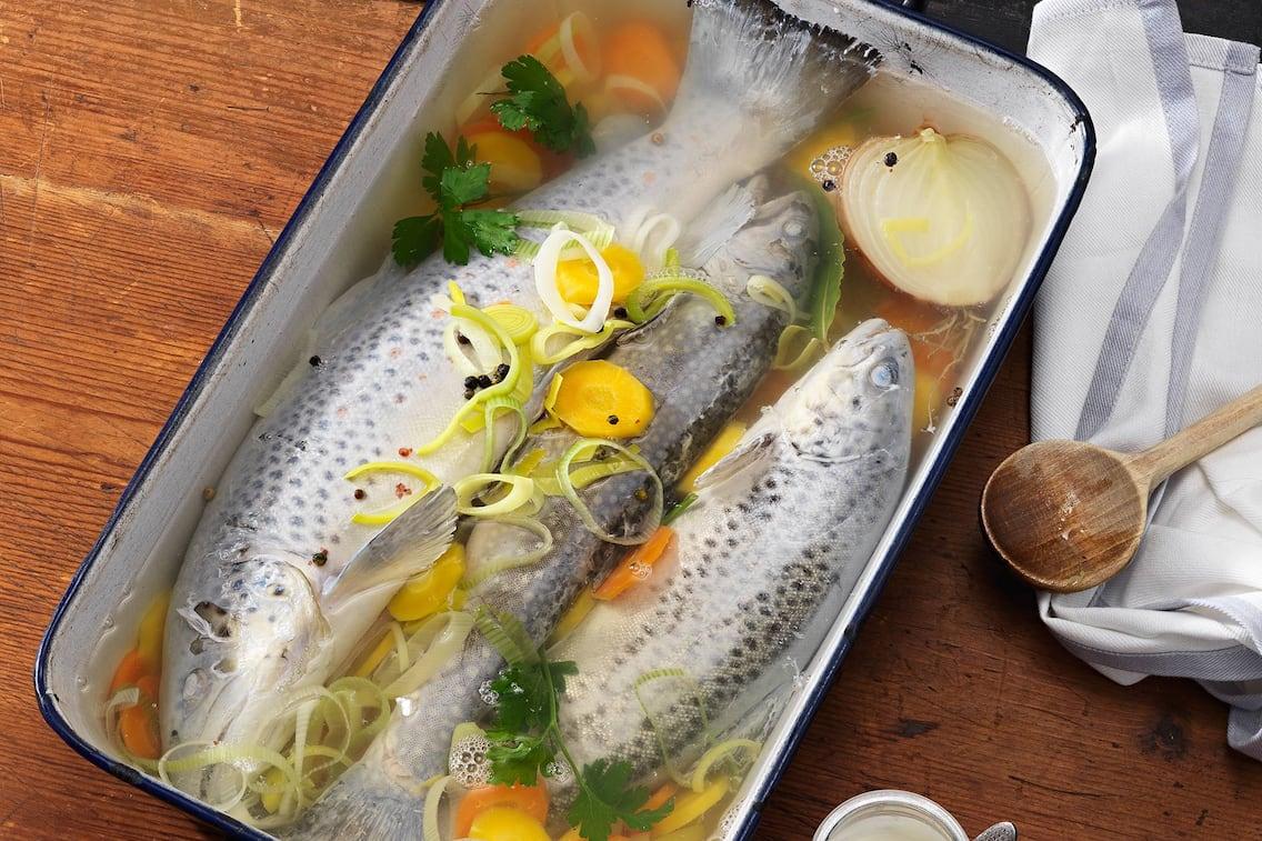 Gesottener Fisch, Fisch Rezept, Servus Rezept