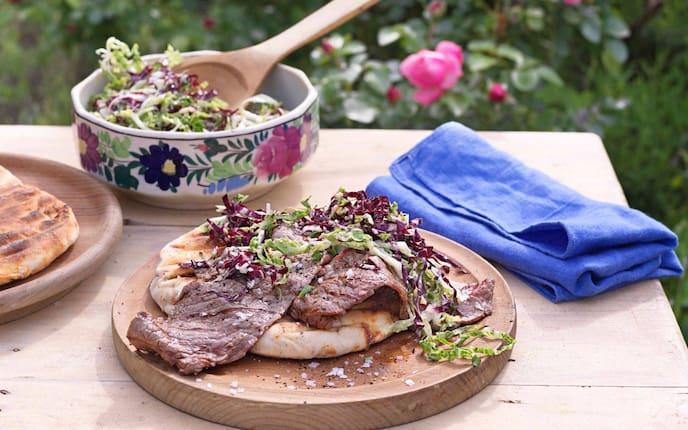 Salat, Beiried, Gegrilltes, Fleisch, Rind, Fladenbrot, Hauptspeise, Servus Rezept