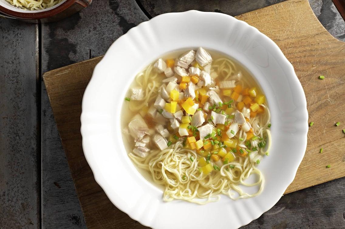 Hühnersuppe, Nudeln, Gemüse, selbstgemacht, Rezept