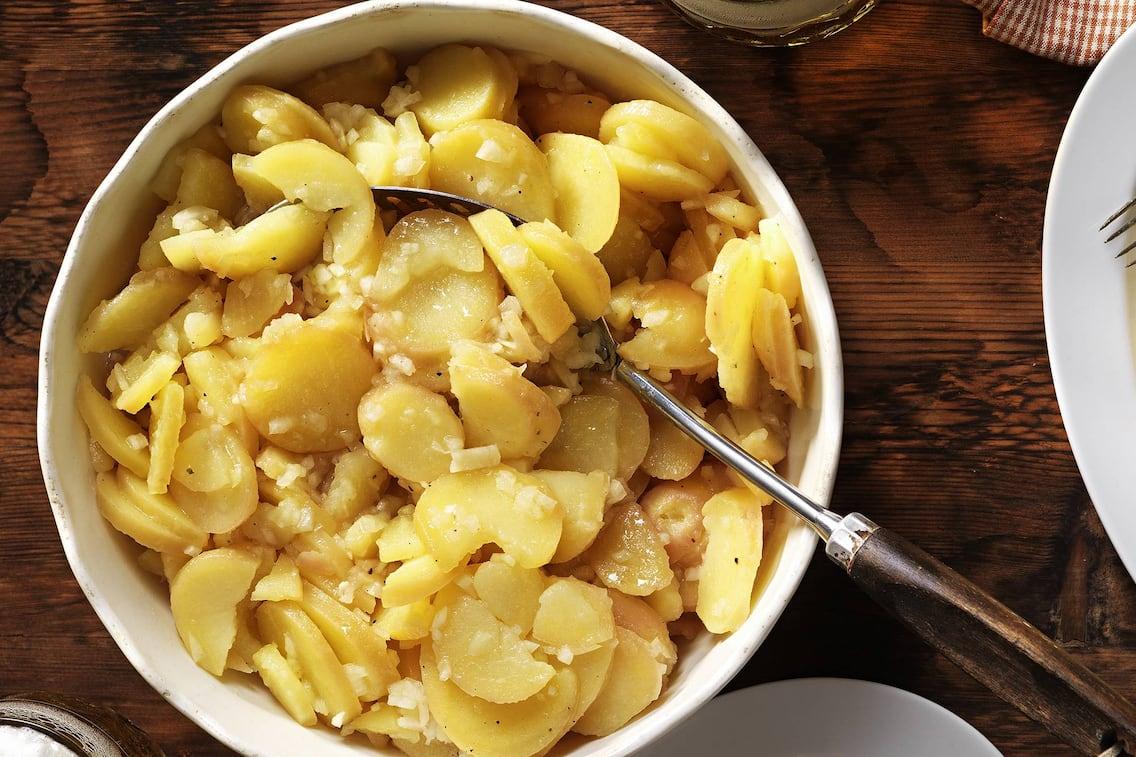 Klassischer Kartoffel-Salat