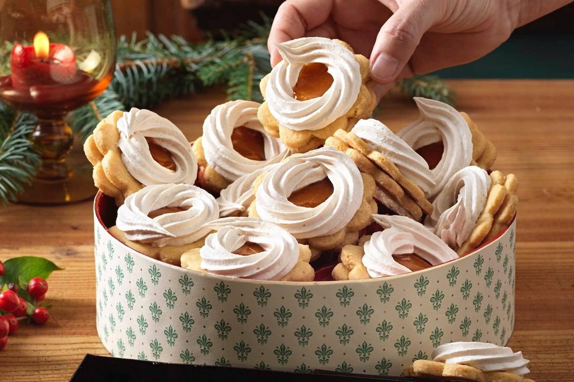 Sonnenkekse mit Schnee, Kekse, Plätzchen, Weihnachtsbäckerei, Weihnachtskekse, Weihnachtsplätzchen, Servus Rezept
