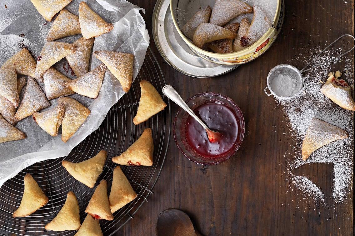 Marmelade-Ecken aus Germteig (Bild: Eisenhut & Mayer)