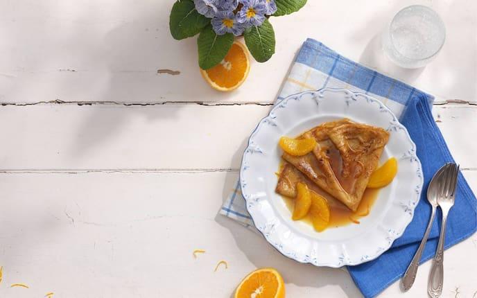 Crêpes Suzette, Blumen, Küchentuch, Orange, Besteck
