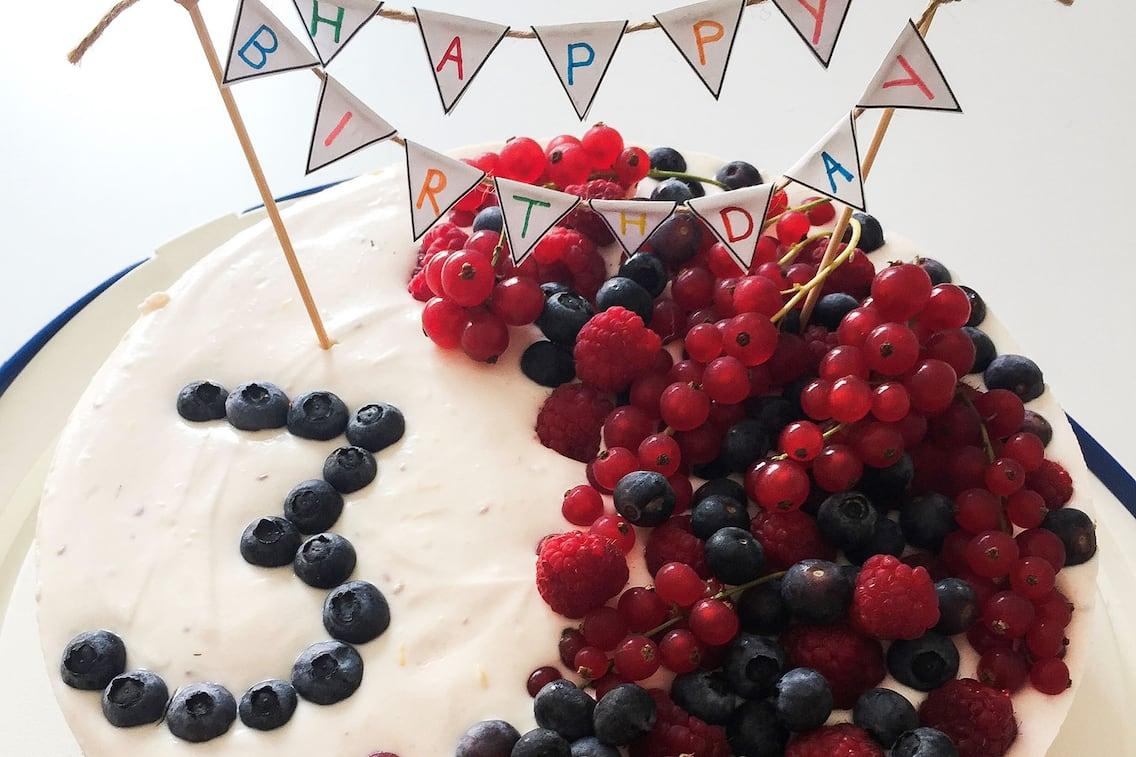 Beerentorte, Geburtstagstorte, Cremetorte, Heidelbeeren