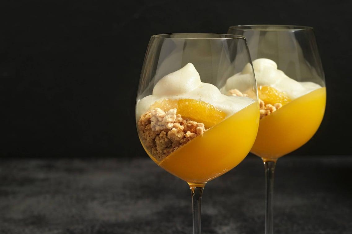 Orangengelee mit Sektschaum (Foto: Eisenhut & Mayer)