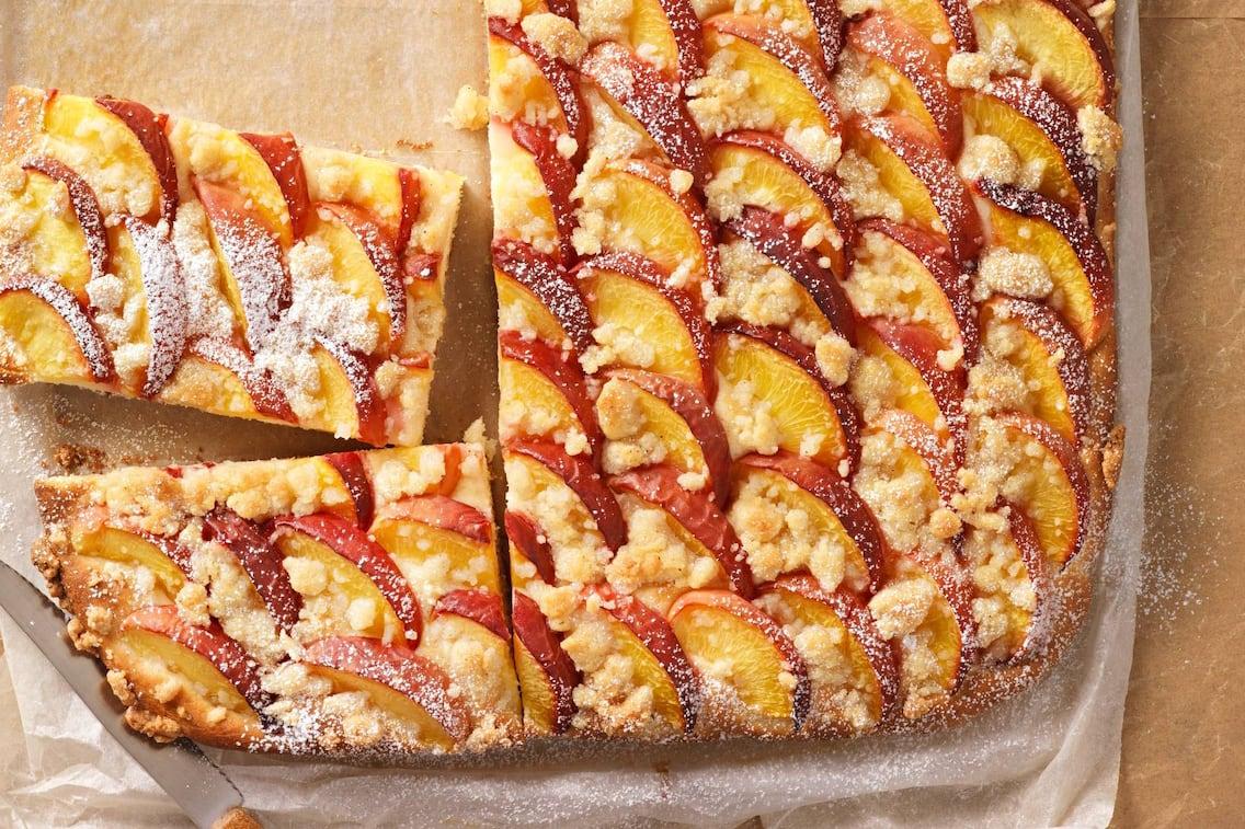 Pfirsich-Marzipan-Kuchen, Pfirsich, Marzipan, Kuchen, Blechkuchen, Obstkuchen, Kuchen Rezept, Servus Rezept