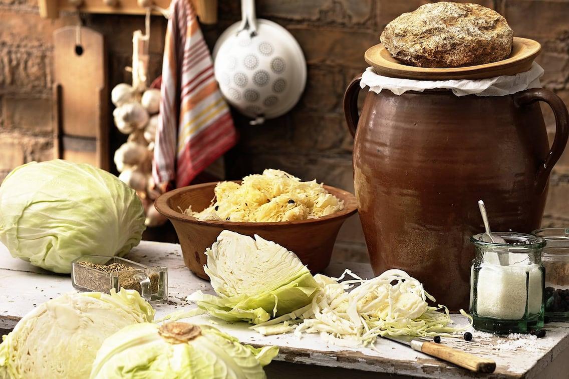 selbst eingelegtes Sauerkraut, Küchenwissen, Tradition, Medizin