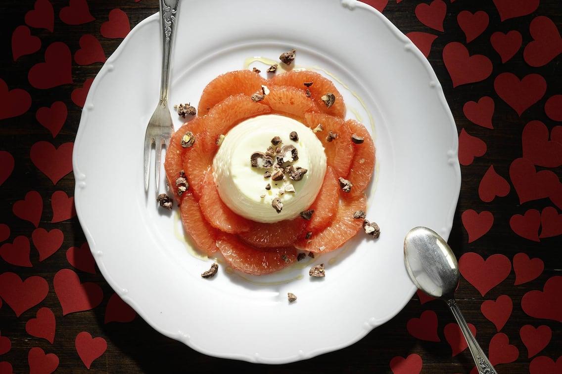 Schokomousse mit Grapefruit (Bild: Eisenhut & Mayer)