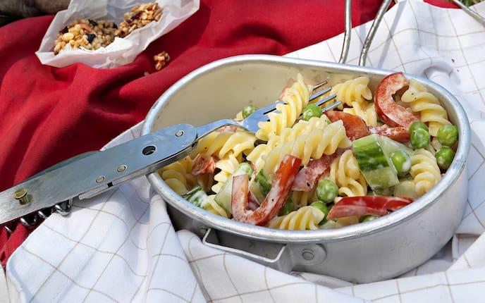 Vegetarischer Nudelsalat (Bild: Eisenhut & Mayer)